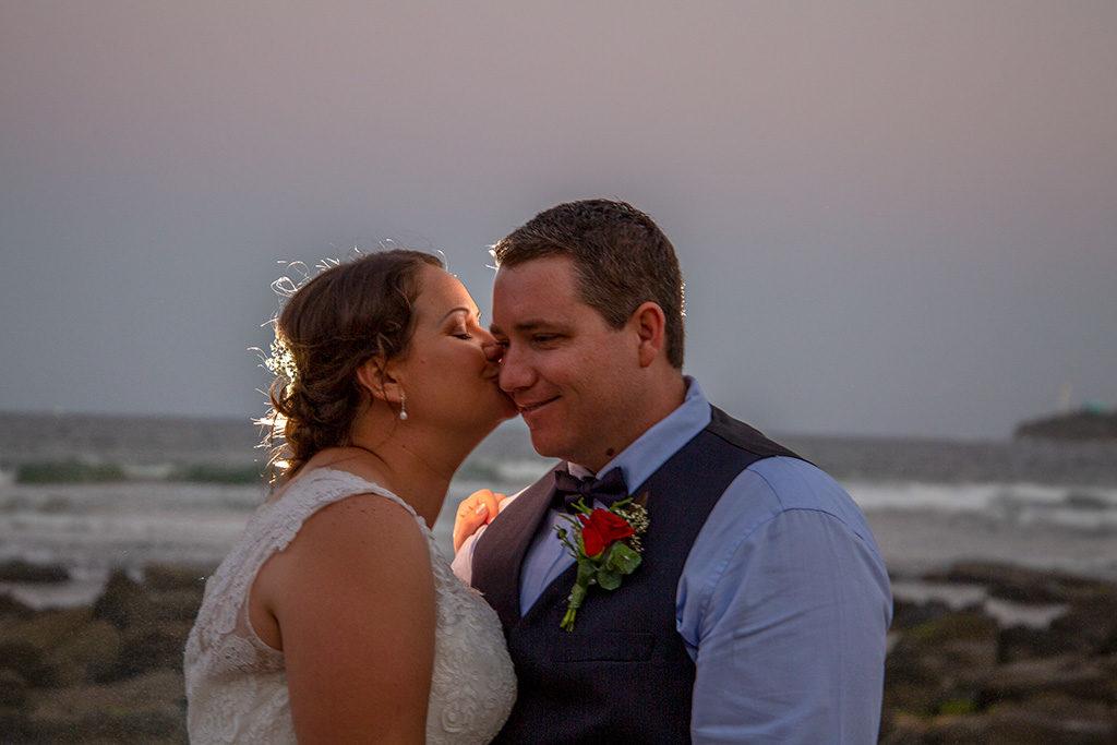 Sunshine coast wedding by Malenyweddingphotography